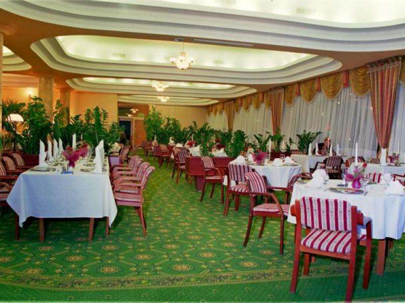 Hotel Gołębiewski Ul Pałacowa 7 15 064 Białystok Sale