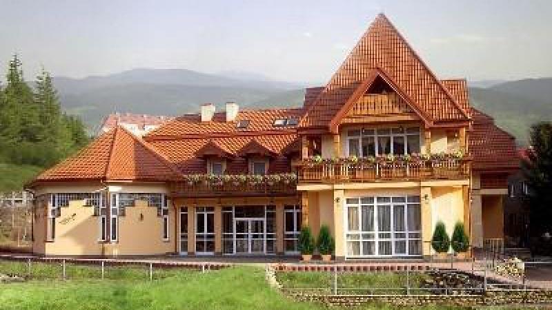 """Hotel i Restauracja """"Pod Gołębiem"""""""
