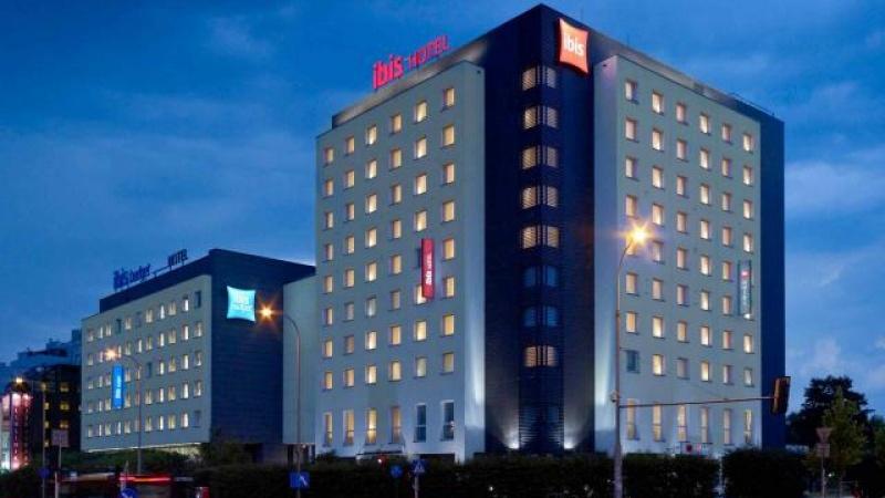 Hotel Ibis Warszawa Reduta Ul Bitwy Warszawskiej 16