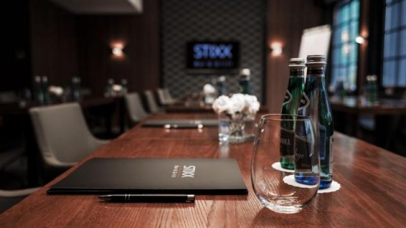 STIXX Bar & Grill