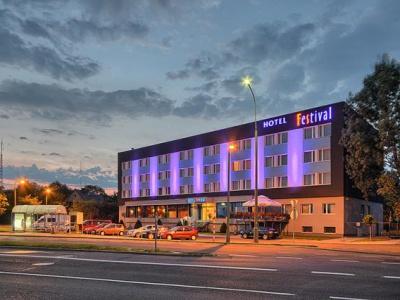Hotel Festival