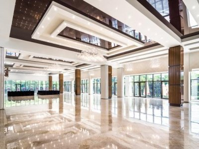 Hotel Luxor & Atelia Center